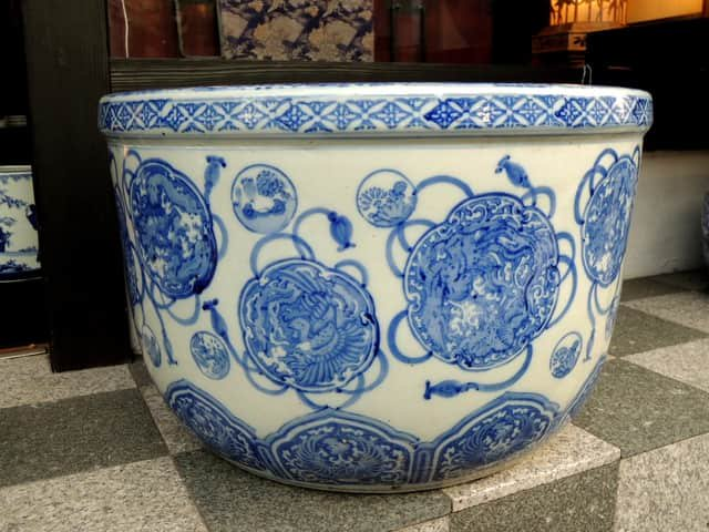 伊万里染付鳳凰文大火鉢 / Imari Large Blue & White Hibachi with the picture of Phoenixes
