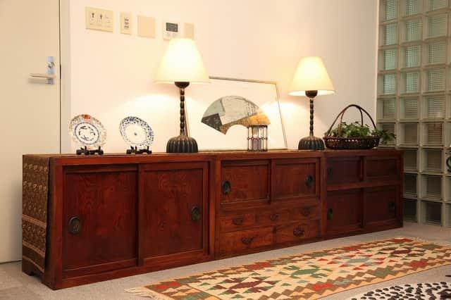 欅箪笥 / Keyaki Cabinet