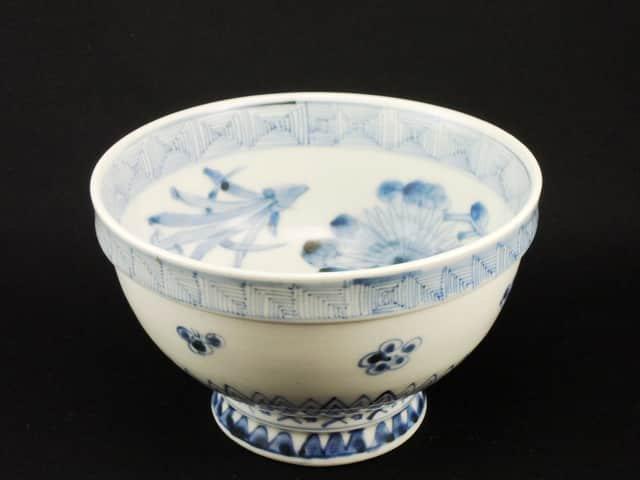 伊万里染付草花文盃洗 / Imari Blue & White 'Haisen' Sake Cup Washing Bowl