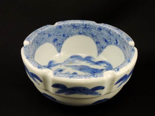 伊万里染付微塵唐草文中鉢 / Imari Blue & White Bowl with the pattern of 'Mijinkarakusa'