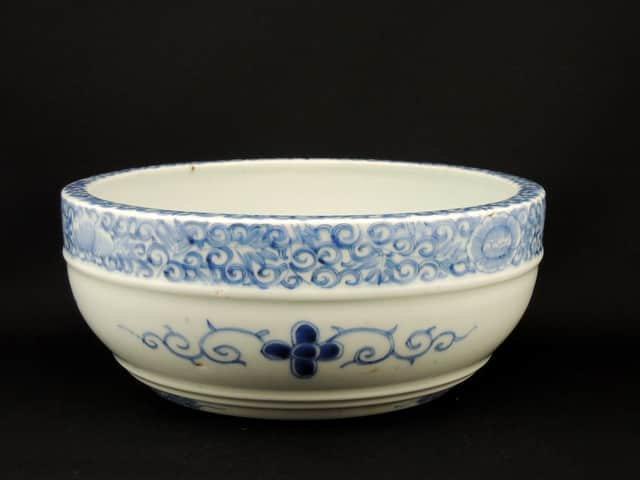 伊万里線描染付中鉢 / Imari Blue & White Bowl
