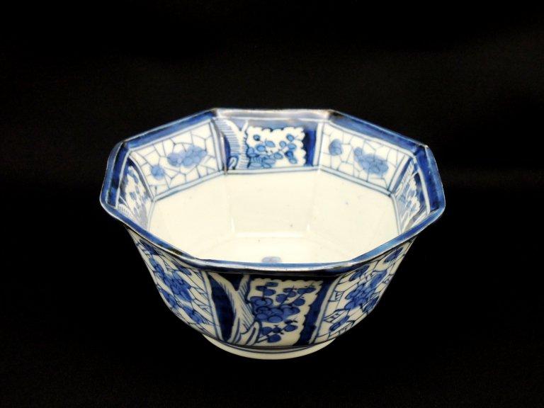 伊万里染付氷裂文に梅文中鉢 / Imari Octagonal Blue & White Bowl