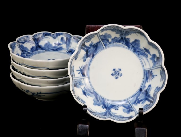 伊万里染付菊花形なます皿 五枚組 / Imari Blue & White Chrysanthemum-flower Shaped 'Namasu' Bowls  set of 5