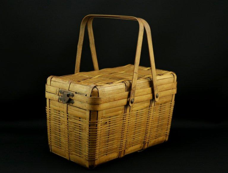 手付籠 / Basket with Handle