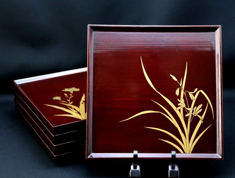 図変蒔絵吸物膳 五枚組 / Lacquered Trays  set of 5