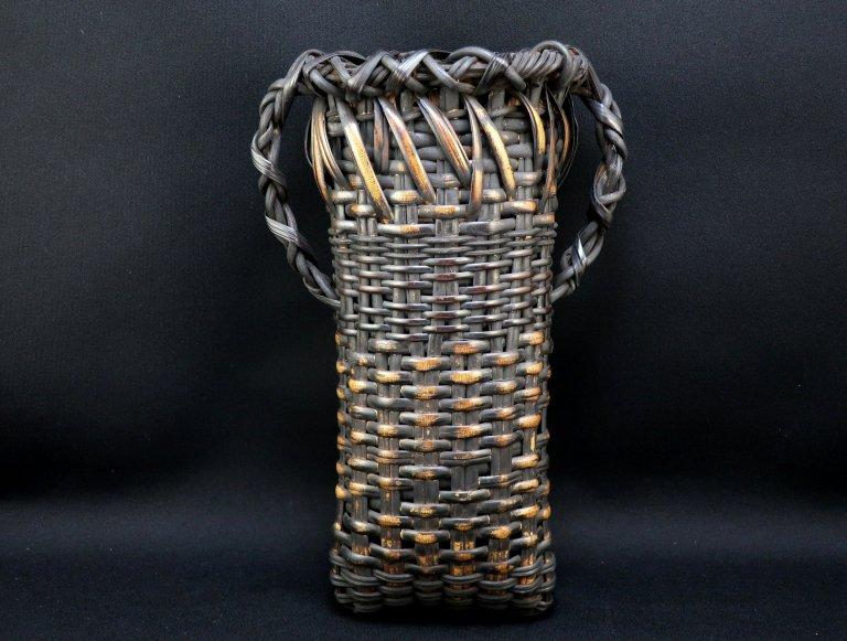 竹花入 / Bamboo Hanging Flower Basket
