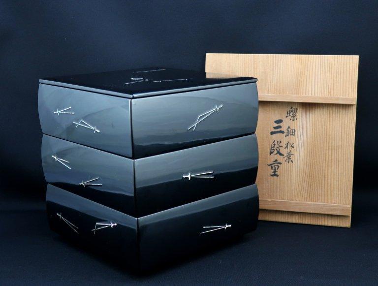 平安象彦螺鈿松葉三段重 / Kyoto Zokhiko Black-lacuquered 'Jubako' Food Boxes