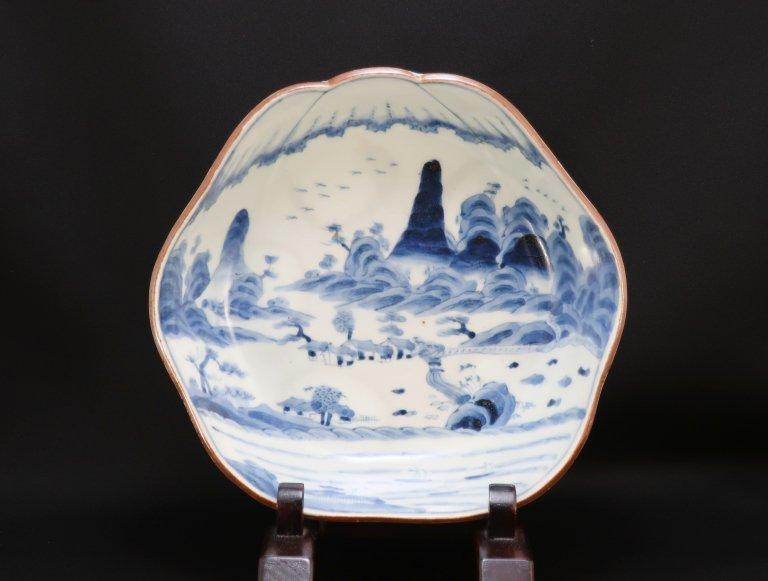 伊万里染付富士形山水文大鉢 / Imari Blue & White Mt.-Fuji-shaped Bowl