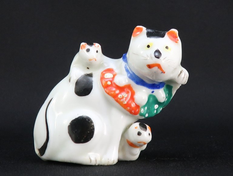 九谷親子の招き猫水滴 / Kutani Water dropper of Beckoning cat with her Kittens