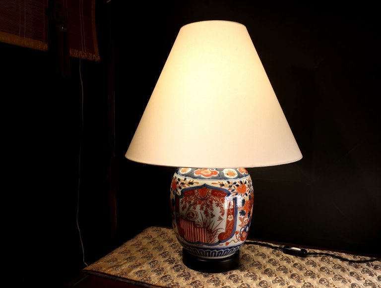 伊万里色絵沈香壺ランプ / Table Lamp of Imari Polychrome Pot