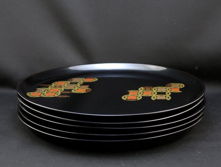 黒塗七宝文蒔絵丸膳 五枚組 / Black Lacquered Trays with 'Makie' picture of 'Shippo'  set of 5