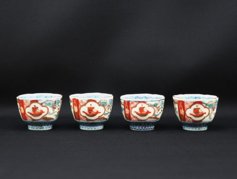 伊万里色絵覗猪口 四客組 / Imari Small Polychrome Cups  set of 4