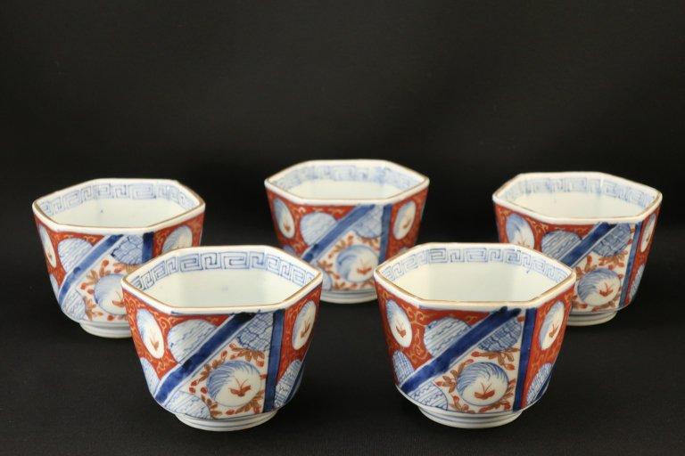 伊万里色絵蝶丸文六角向付 五客組 / Imari Polychrome Hexagonal 'Mukoduke' Cups  set of 5