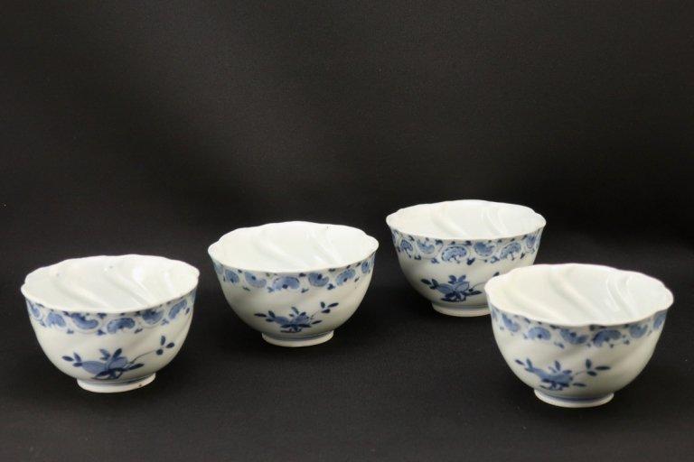 伊万里染付桃の図向付 四客組 / Imari Blue & White 'Mukoduke' Cups with the picture of Peaches   set of 4