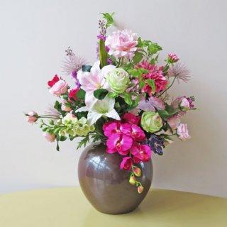 光触媒アートフラワーアレンジメント【モマン(九谷焼)】九谷焼産地の花器を使った豪華な高級造花アレンジです。大輪のダリアやバラなどエレガントな花々です