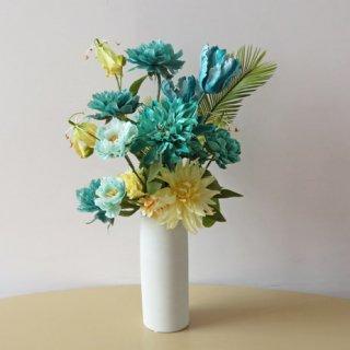 光触媒アートフラワーアレンジメント【アダーラ】ハンドメイド感いっぱいの、新彩色Blue Green・Dark Toneシリーズの花材でアレンジしました