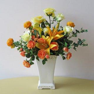 光触媒アートフラワーアレンジメント【リバージュ】リリーとバラでビシッと。くっきりすっきり冴えた高級造花アレンジです