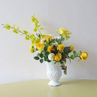 光触媒アートフラワーアレンジメント【ショワジール】美しいラインをもたせた、アート感もある美しいアレンジです