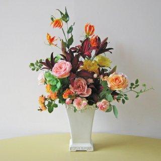 光触媒アートフラワーアレンジメント【ジョリ】シックなリリーを、シックな花器に