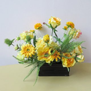 光触媒アートフラワーアレンジメント【ハーネスト】黄色とグリーンの冴えた、開店祝いにおすすめの高級造花アレンジです