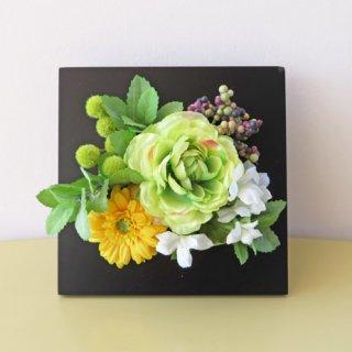 光触媒アートフラワーアレンジメント【アマーレ(壁掛け)】贈り物にいかがでしょうか。お友達の新築祝いやお誕生日祝いに。