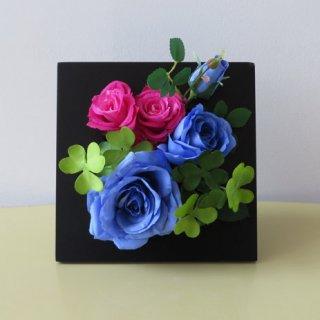 光触媒アートフラワーアレンジメント【チエーロ(壁掛け)】「夢が叶います」素敵な花言葉のブルーローズのアーティフィシャルフラワー(高級造花)を使用した、フレームアートです