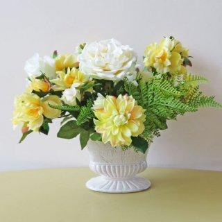 光触媒アートフラワーアレンジメント【ソーニュオ】高級造花のローズの良さが目立つアレンジです