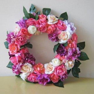 光触媒アートフラワーリース ピンクと紫の配色が目立つからイイ!とすごく人気です。
