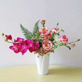 光触媒アートフラワーアレンジメント【バアラト】バラと胡蝶蘭のアレンジです