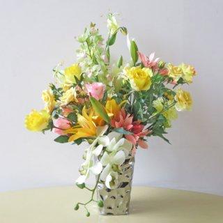 光触媒アートフラワーアレンジメント【プナヘレ】大胆なメタリックの花器。ダイナミックな空間作りに。