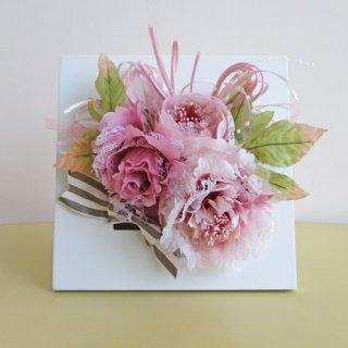 光触媒アートフラワーアレンジメント【ニーナウ(壁掛け)】ふわふわ優しいピンク色です