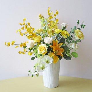 光触媒アートフラワーアレンジメント【ヘネラル】開店祝い・開業祝いにおすすめです。黄色のお花は縁起がいいですよ。