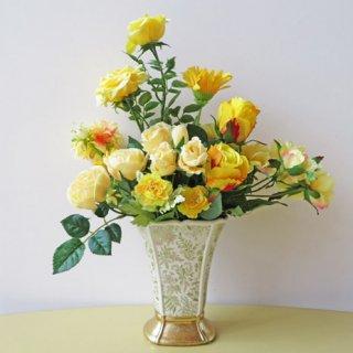 光触媒アートフラワーアレンジメント【シュネル】気持ちもパッと明るくなる黄色のバラとガーベラのアレンジ。