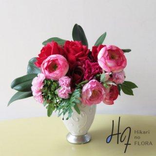 高級造花インテリア【アガ】アートにアレンジしてみました。