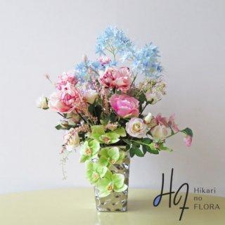 光触媒アートフラワーアレンジメント【ミリンダ】個性的なファレノ(胡蝶蘭)とピンクの花々が素敵な高級造花インテリアです。
