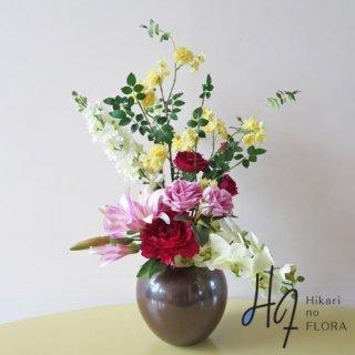 高級造花インテリア【エヴァ】木立性ローズでエレガントにアレンジしました。九谷焼サビ釉薬も魅力的です。