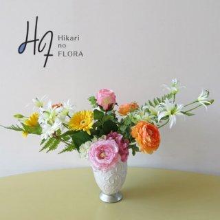 高級造花アレンジメント【シャマード】優しく可愛いお花たちの、高級造花アレンジメントです。