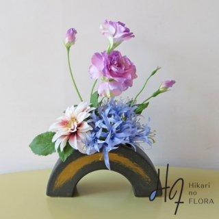 高級造花アレンジメント【シャリマー】高級造花で和風感を演出しました。テーブルコーディネートにおすすめ!