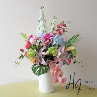 高級造花アレンジメント【ポルト】17種の高級造花で艶やかにアレンジしました。大切なお取引様への贈り物にいかがでしょうか。