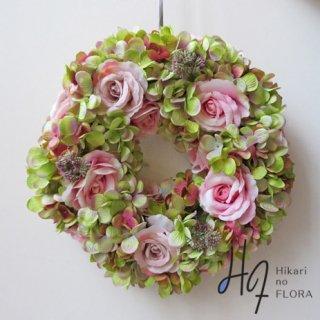 光触媒アートフラワーリース ハイドレンジアと薔薇の壁掛けリースです。