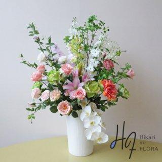 光触媒高級造花アレンジメント【ラザンツ】高級造花14種の花々でゴージャスにアレンジしました。高さ100cm越えです。
