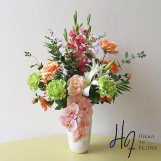 高級造花アレンジメント【デコラーレ】国内屈指の高級胡蝶蘭造花をメインに、14種の花々でアレンジしました。