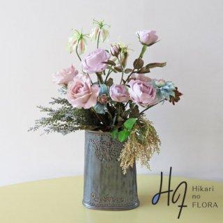 高級造花アレンジメント【アリオス】シックにまとめたアレンジメントです。落ちついた空間にどうぞ。
