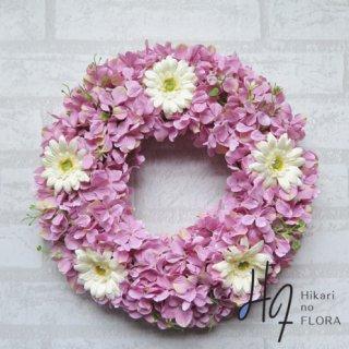 光触媒加工・壁掛けリース【wreath251】ハイドレンジアとホワイトガーベラのリースです。wreath(リース)は永遠と愛の象徴です。