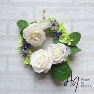光触媒加工・壁掛けリース【wreath260】アイボリーホワイトの薔薇が美しいリースです。wreath(リース)は永遠と愛の象徴です。
