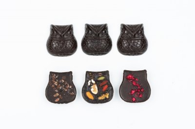 OWL CHOCOLATE GIFT BOX SET (6per 1set with special wood box):梟 ローチョコレート 6個入ギフトセット(木箱入り)