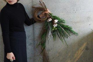 針葉樹を使ったクリスマスリース M