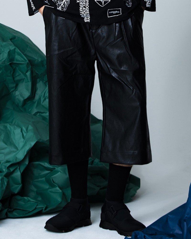 オーバーサイズ&ストリート『Re:one Online Store』「PARADOX」LEATHER PANTS(BLACK)