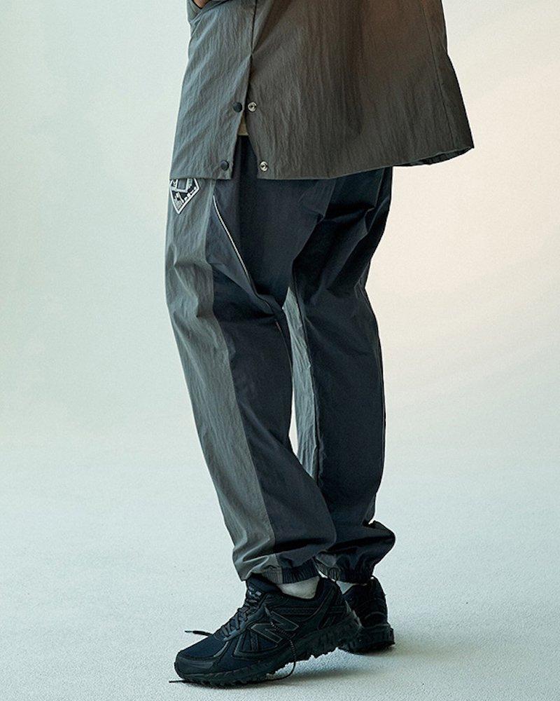 オーバーサイズ&ストリート『Re:one Online Store』「OVERR」COLOR BLOCKED GRAY JOGGER PANTS