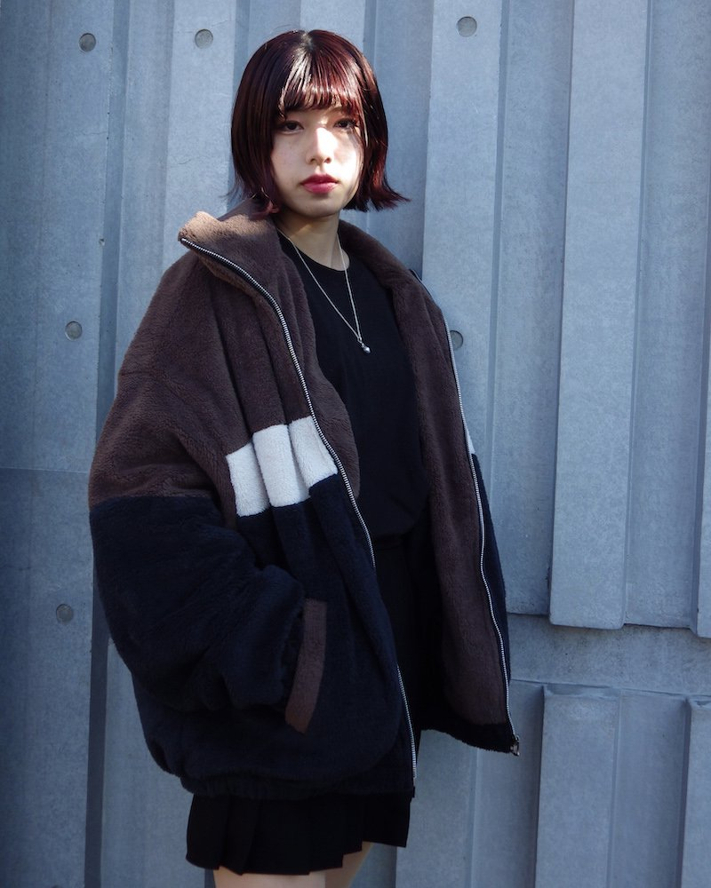 オーバーサイズ&ストリート『Re:one Online Store』「ATTENTION」BOA BICOLOR JACKET